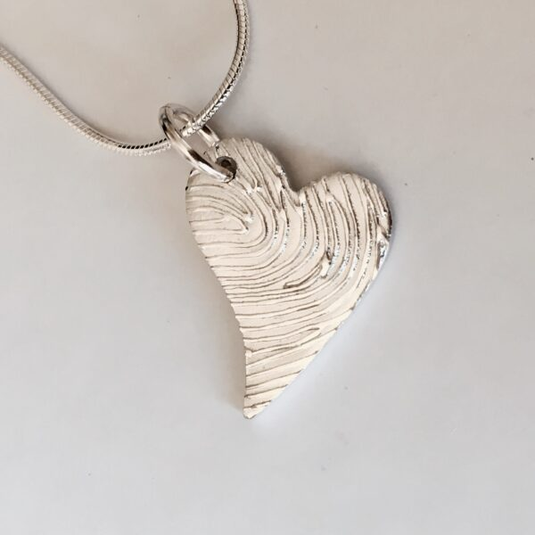 Enhanced fingerprint heart necklace