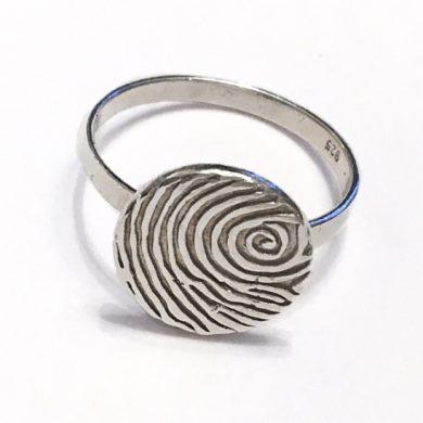 round personalised fingerprint ring