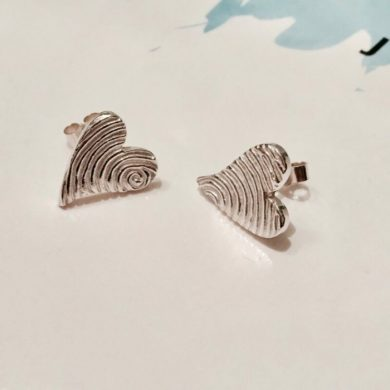 Persoanalised Earrings | Capture your loved ones fingerprints | Shop Now